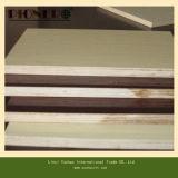E1ポプラのコアの木製の穀物のメラミン合板