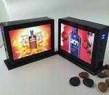 デスクトップの2広告が付いている力バンク、4 USB充電器、力バンクおよび写真フレーム