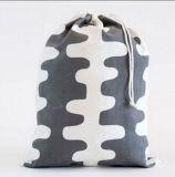 カスタムロゴの印刷を用いるポリエステルドローストリングのバックパック