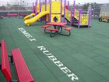 Selbst-Entwässerung schöne Gummifliese für Spielplatz