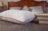 Almohadilla aflautada del diseño de Cottonjacquard del satén rojo casero de la materia textil