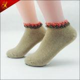 Calcetines de algodón de Corea para la muchacha joven del desgaste