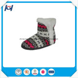 형식 최고 판매 케이블에 의하여 뜨개질을 한 여자 겨울은 도매로 구두를 신긴다