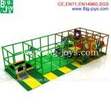 子供のためのResidentalの裏庭の小さい屋内運動場