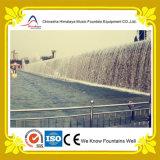 Fontana di acqua artificiale del ponticello della cascata del punto scenico