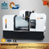 Máquina de procesamiento de metales Vmc550L Máquina de fresado CNC