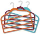 Caliente Stemped Logo terciopelo de seda suspensión de la toalla colgador de plástico barato