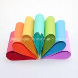 Großartiges unbeschichtetes hölzerne Massen-gefärbtes Farben-Papier-Falten-Papier