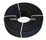 Un ou deux boyau de rondelle de pression de noir de couverture enveloppé par fil