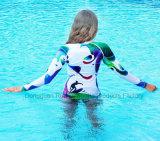 A luva longa do baixo preço coube firmemente. Swimwear de Upf 30+ Lycra