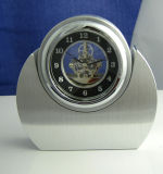 Mini horloge squelettique de bureau en métal