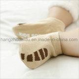 Strickende Baby-Form-Art-Baumwollsocken