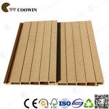 Revêtement de façade Faux Wood