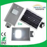 PIRのスマートなセンサーが付いている1つの統合された太陽街灯の5W 6Wすべて