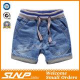 I ragazzi 100% del denim del cotone mettono i pantaloni in cortocircuito del Jean