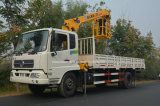 grue de charge du bois de construction 200kw 6 tonnes 8 tonnes camion de 10 tonnes avec la grue