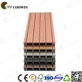 Jardín de materiales de construcción barato plástico de madera suelo laminado