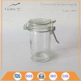 Freier Glasgewürz-Behälter mit Kippen herauf Schutzkappe