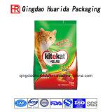 Пластмасса стоя вверх еда любимчика кладет мешки в мешки кошачьей еды