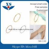 Form-Armbänder und Armbänder für Frauen