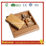 Artigos de papelaria de bambu ajustados com caderno e a corrente chave