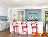 Moderner hölzerner Küche-Luxuxschrank mit Waterfull Insel (BY-L-89)