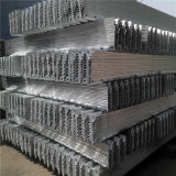 Traffic Barrier에 있는 Aashto M180 Galvanized Highway Guardrail