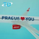 Regalo del ricordo dell'aeroplano di 1:200 19.7cm di Praga Boeing 737-800