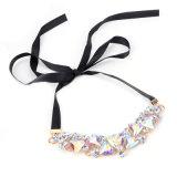 方法サテンの多彩な水晶チョークバルブのネックレスの宝石類