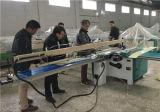 Het elektrische OEM Knipsel zag de Machine van de Lijst voor Plastic Producten