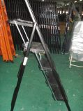 金属の道具箱が付いている携帯用折るプラスチックステップ梯子