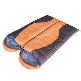 - 5-15程度のFlanneのカップルの空の綿の寝袋- Red&Black