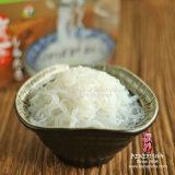 日本様式のぬれたShiratakiのヌードル角度の毛