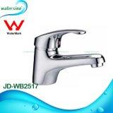Faucet de água de bronze clássico da bacia com boa qualidade