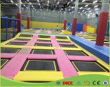 Neueste super lustige springende Trampoline mit Farben-Matte vom China-Lieferanten