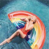 2017浮遊物の新しく膨脹可能な虹のプールのいかだの乗車