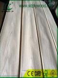 自然な木製の家具、ボードのためのベニヤの王冠によって切られるホワイトオーク