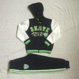 Tute sportive del ragazzo del panno morbido di stile dei vestiti di sport in vestiti Sq-6713 dei capretti