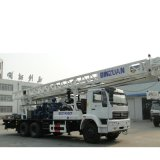 Piattaforma di produzione del pozzo d'acqua sul camion