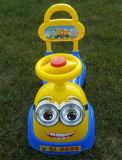 Carro do balanço do bebê com luz e música, carro da torção