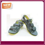 新しい方法人のための平らなサンダルの靴