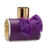 Perfume requintado da mulher com frascos de vidro