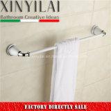 De uitstekende Staaf van de Handdoek van het Messing van de Verf van Chroom ontwerp-5192 voor de Toebehoren van de Badkamers