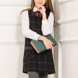Robe monopièce européenne d'école primaire de jeunes filles de type