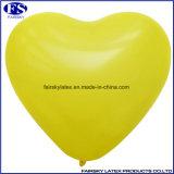 De gele Ballon van de Vorm van het Hart voor de Decoratie van de Partij