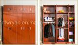 Klassische Entwurfs-Spanplatten-Teakholz-Farbe Melamined Garderobe