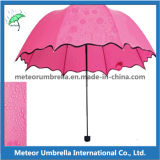 As impressões somente podem considerar no guarda-chuva de dobramento da flor da chuva