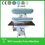Pulire la pressa di stampaggio universale dei vestiti