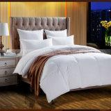 De Eend of de Gans van uitstekende kwaliteit onderaan Dekbed voor Hotel
