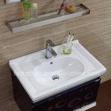 棚との供給のステンレス鋼の浴室の虚栄心を指示しなさい